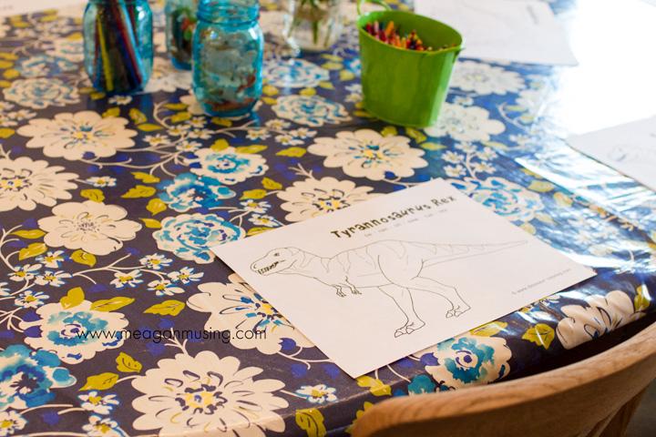 Dinosaur Birthday Party + Free Printables // MeaganMusing