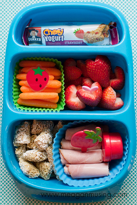 Simple Bento Lunches // #Goodbyn Strawberry Style