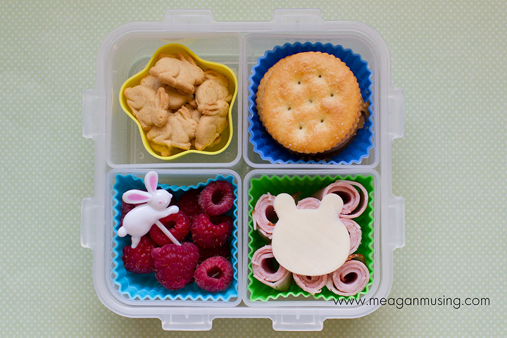 Simple Bento Lunches // Lock & Lock Bunnies