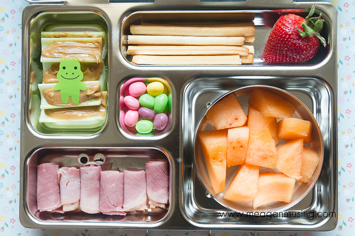 Simple Bento Lunches // #PlanetBox Rover