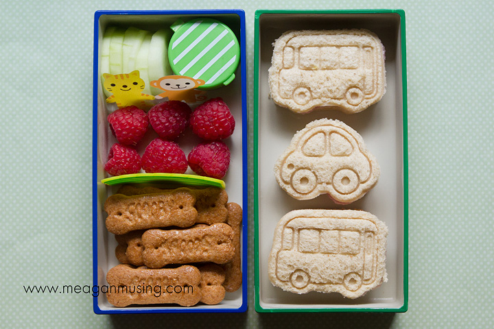 Simple Bento Lunches // Transportation Sandwiches