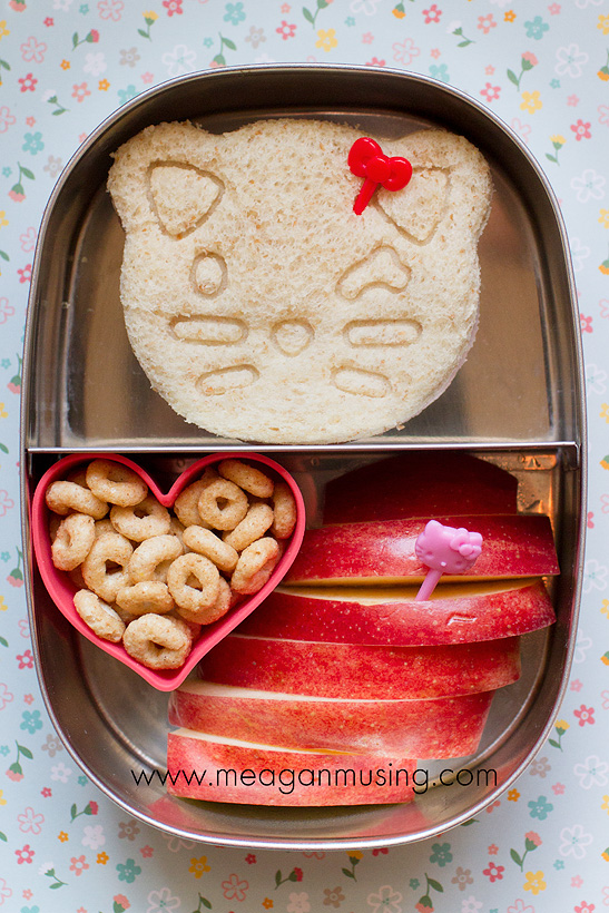 Simple Bentos // Hello Kitty
